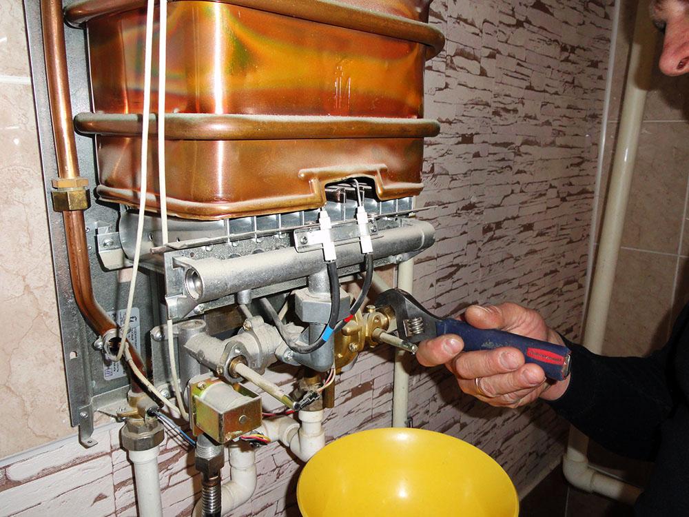 Ремонт газовых колонок на Рыбацком