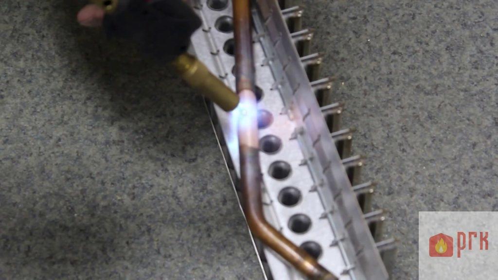 Пайка теплообменников газовых колонок великий новгород Паяный пластинчатый теплообменник SWEP F400T Соликамск